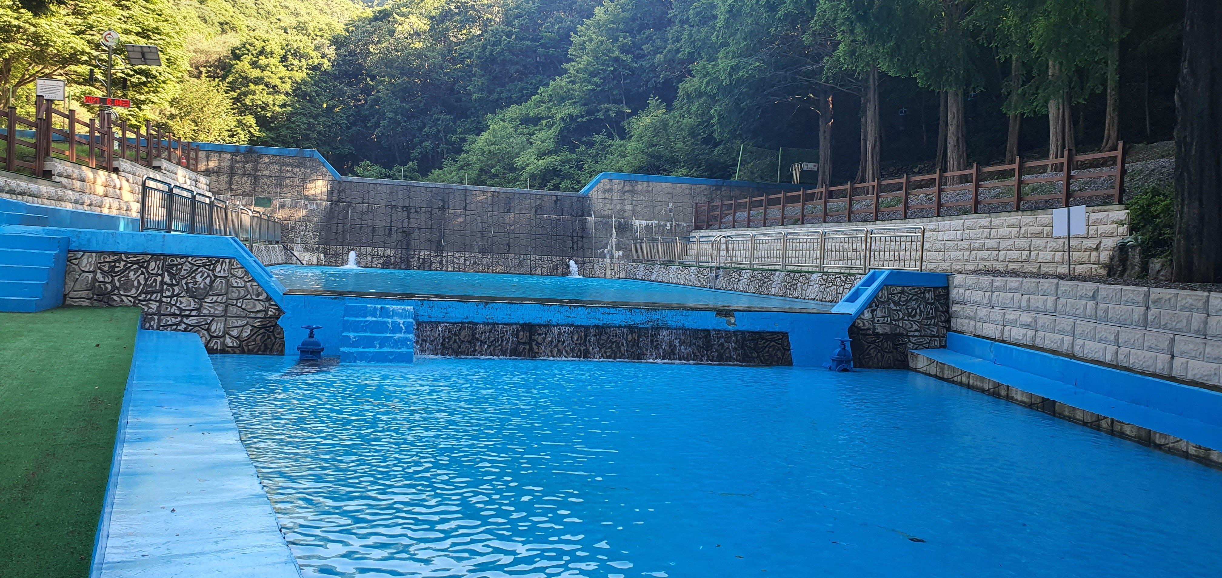 칠갑산자연휴양림 물놀이시설 전경