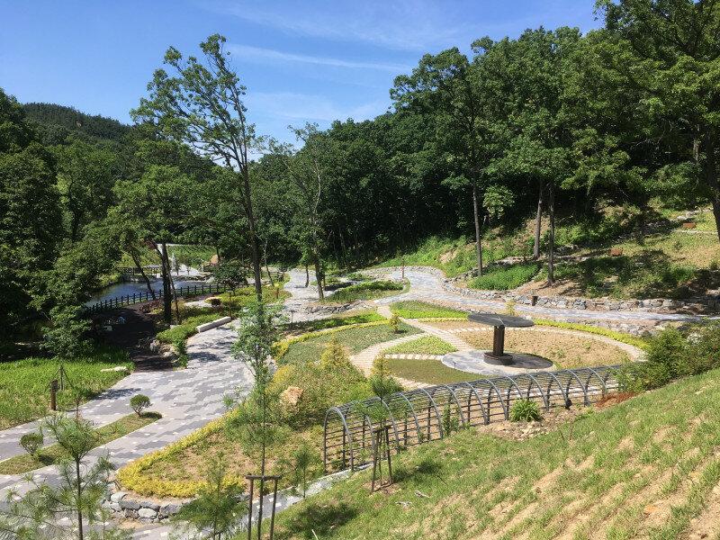자생식물원